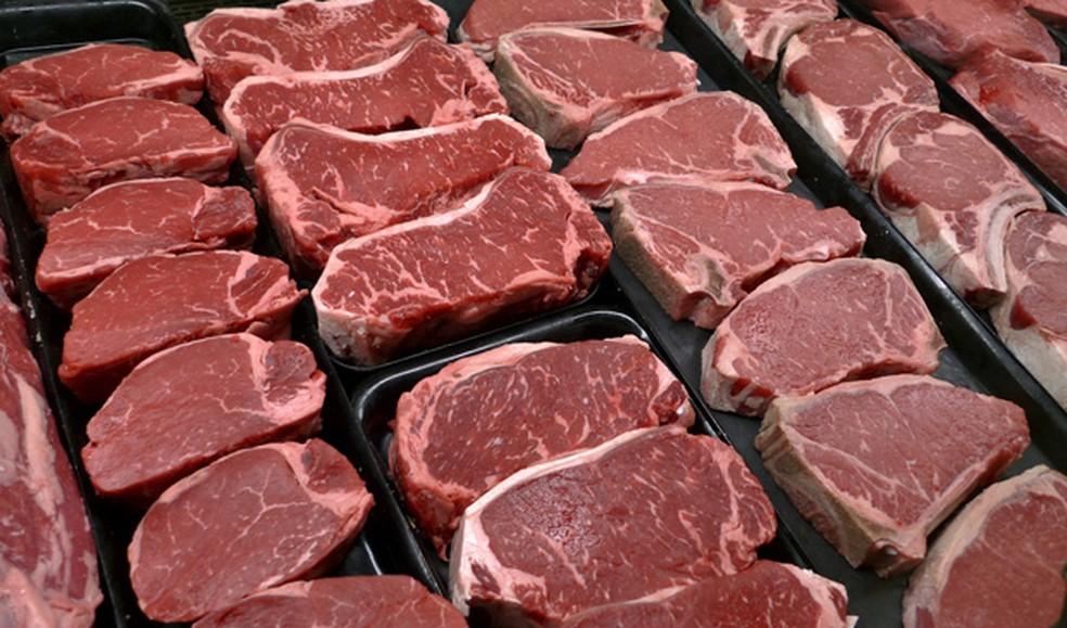 Deracre contrata por mais de R$ 500 mil empresa para fornecer carne