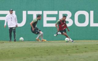 Abel comanda treino tático de olho na primeira decisão da Copa do Brasil