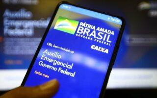 Auxílio emergencial: Caixa libera até R$ 375 nesta sexta-feira; veja quem recebe