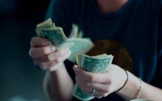 INSS paga 13º salário hoje; veja quem recebe a segunda parcela da aposentadoria