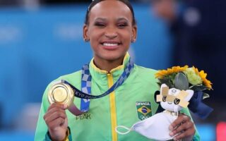Rebeca Andrade: conheça a ginasta brasileira medalhista de ouro