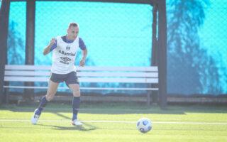 Grêmio faz treino tático em mais uma atividade visando o Athlético-PR