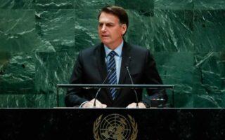 """Bolsonaro diz que voltará a dar entrevistas e que atende a Globo """"ao vivo"""""""